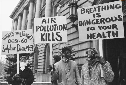 the hazards of air pollution originating in britain 2015 review of scholarship on impact of air pollution in the united states, including health effects, economic costs and automotive and transportation causes.